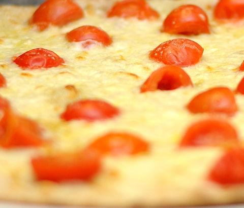 ilmarathonetapizzeria pizza con farine integrali e non raffinate macinate a pietra con lievito madre a lunga maturazione